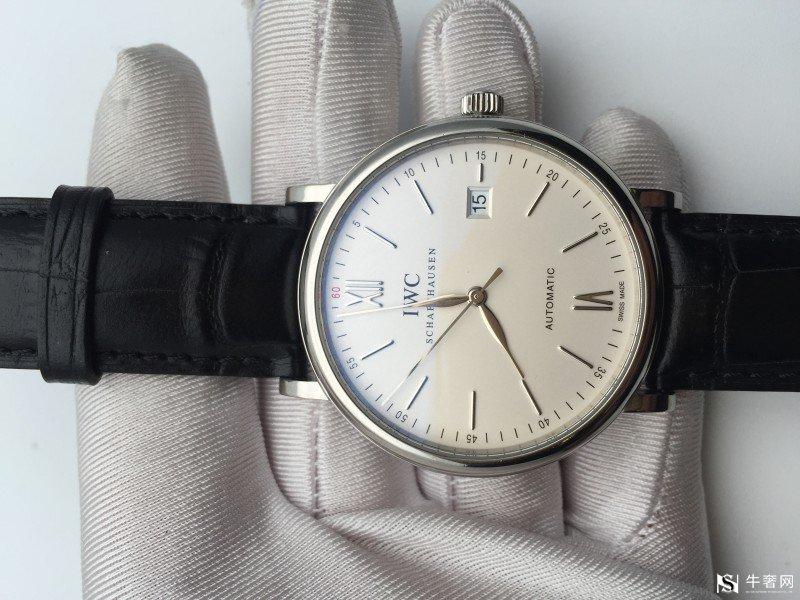 万国柏涛菲诺手表回收