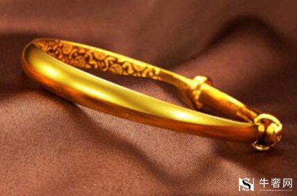 拿去黄金回收的黄金首饰一克多少钱