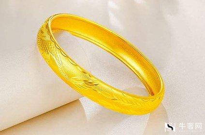 黄金回收多重的黄金手镯不易变形损坏