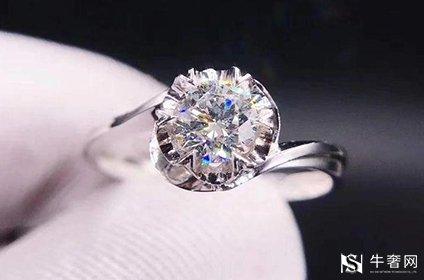 两万块钱买的1克拉钻石戒指回收能有多少钱