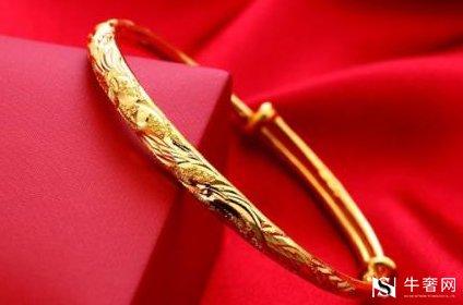想要黄金首饰回收价格高平时应该如何佩戴