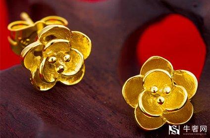 今天黄金耳钉回收一克有多少