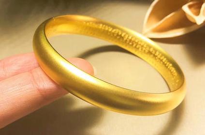 回收黄金饰品怎么保养不掉价