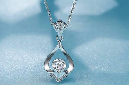 18k白金钻石项链回收能有多少钱
