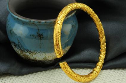 黄金首饰和金条回收相比那个价值高