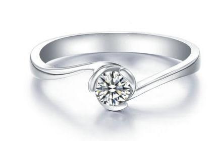 钻石项链去哪里回收报价高