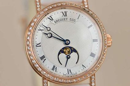 宝玑经典系列9087女士月相手表回收多少钱