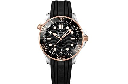 欧米茄海马300新款黑金手表回收能有几折